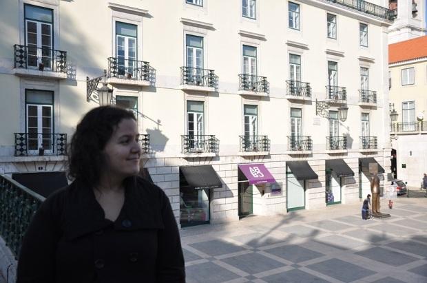 A casa do Fernando Pessoa, na verdade, é essa daí! (obrigada Tiago!)